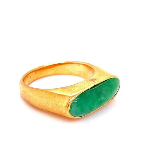 22 kt Yellow Gold Jade Saddle Ring - Estate