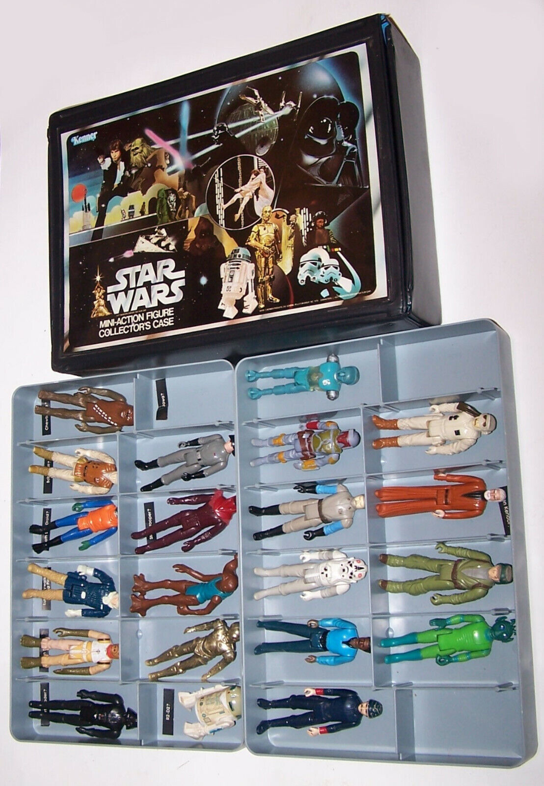 Vintage 1978 Star Wars Action Figure Collectors Case with 21 Kenner Figures
