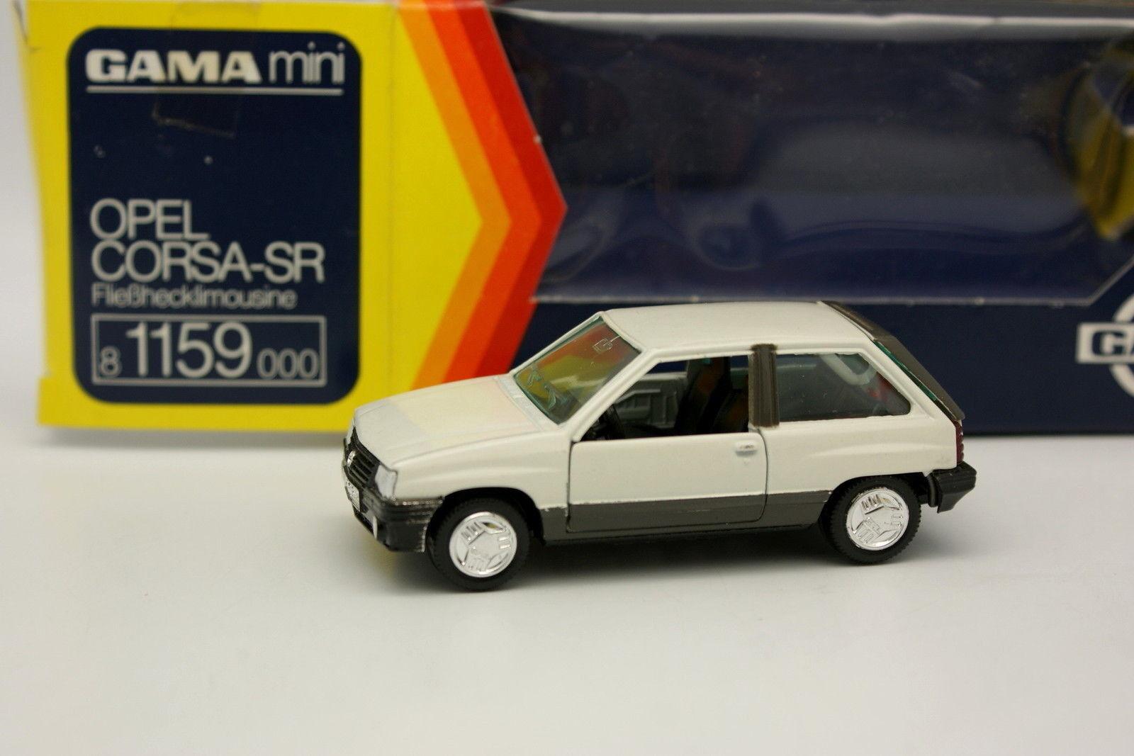 Gama 1 43 - Opel Corsa SR White White White 2f998f