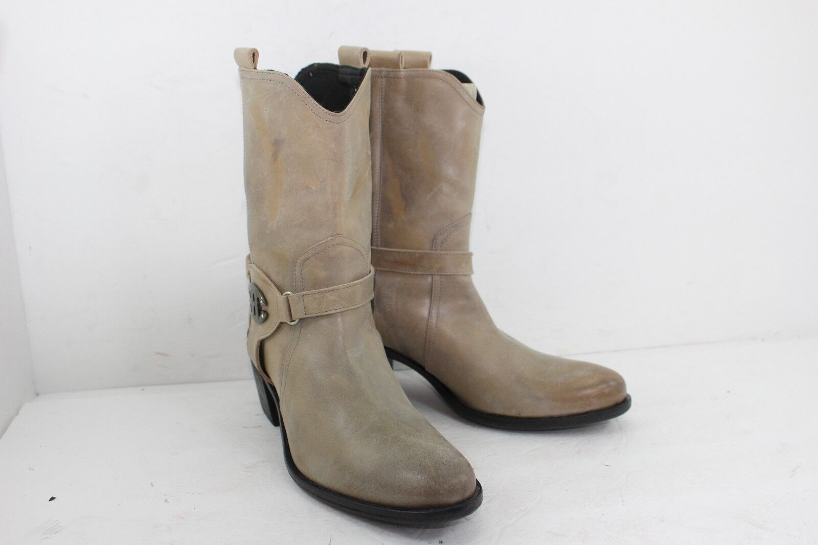 BAGATTO BOOYS BEIGE IN GREAT CONDITION SZ 38 US 8 B IN LEATHERMADE IN ITALY
