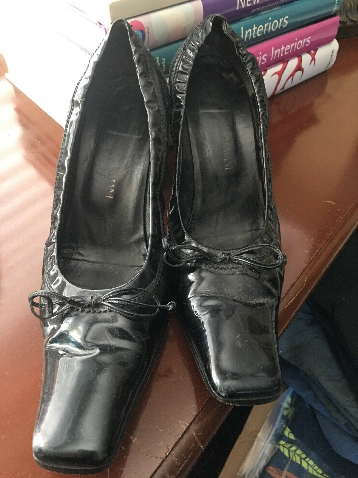Vintage Giorgio Armani shoes 39.5 8.5 9 M Patent Leather Black Heels Pumps