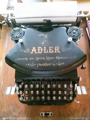 Alte Adler Original Schreibmaschine Mit Holzabdeckung Und Platte [modell Nr. 7]