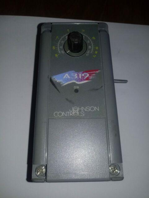 JOHNSON CONTROLS TEMPERATURE CONTROLLER TEMP CONTROL A319ABC-24-02