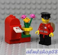 Inc Letter//Envelope and Mailbag//Sack NEW LEGO Postman minifigure with Post box