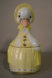Vintage-Mother-Goose-Cookie-Jar-Rare-Yellow-Color-Nursery-Collectible-Fowl