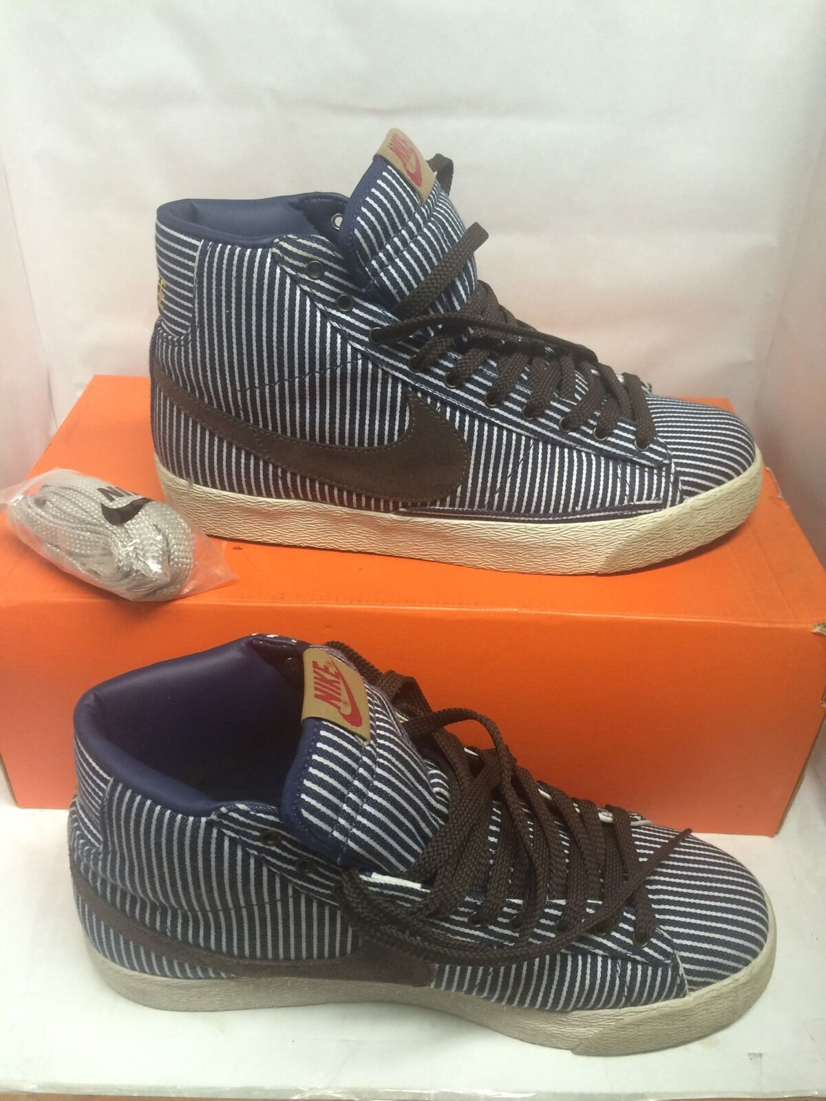 Nike Blazer Mid Basic Pinstripes Used Size 10