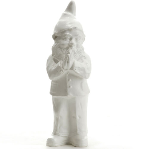Ben Betender Gartenzwerg // Praying garden gnome Sculpture by Ottmar Hörl