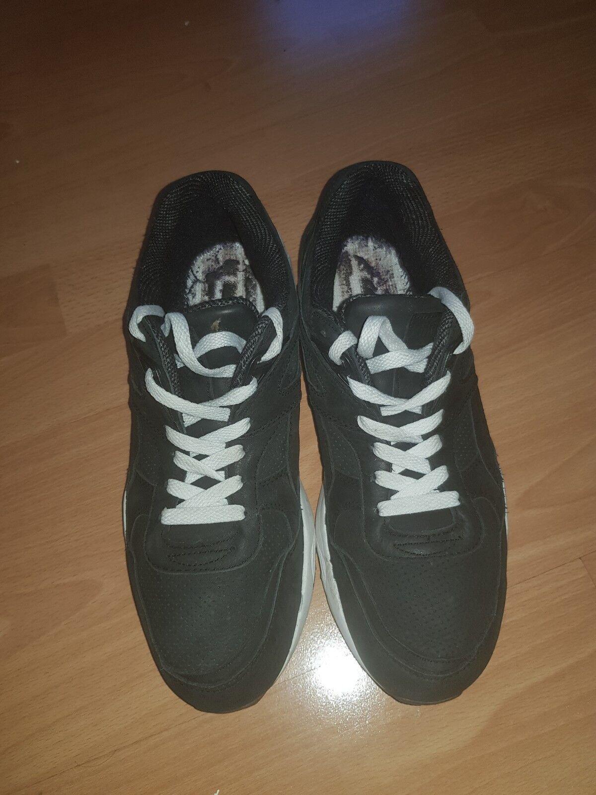 Puma Trinomic R698 Black uk8 us9