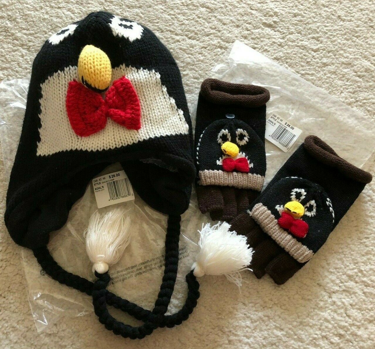 Set of 2 Kohl's Penguin Winter Ear Flap Hat & Convertible Gloves Black Multi