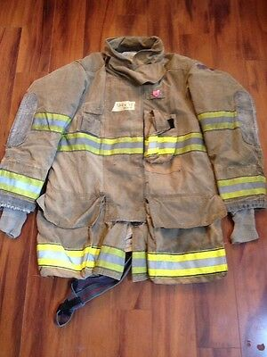 Firefighter Globe Turnout Bunker Coat 44x35 G Extreme Halloween Costume