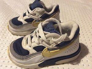 nike trainers infant size 5