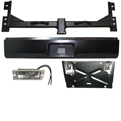 Chevy 2500hd 01 06 Hidden Hitch And Roll Pan Kit With