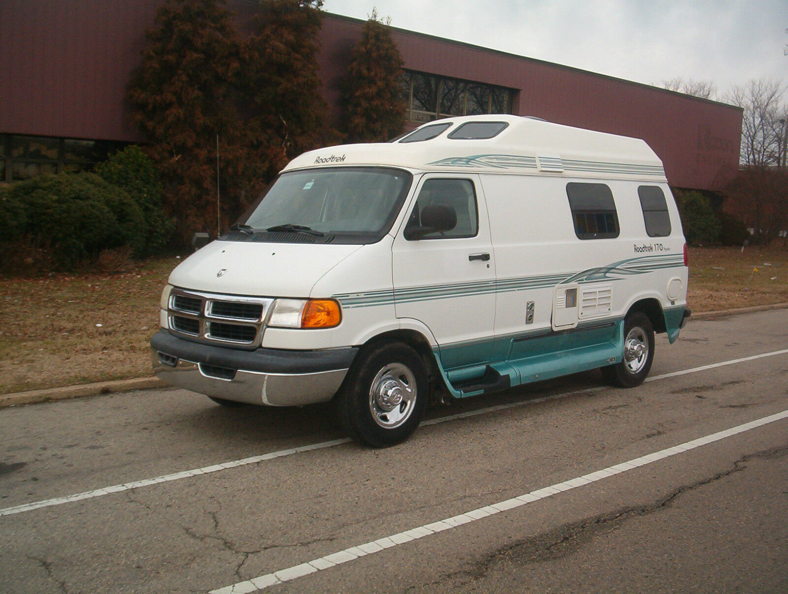 Excellent 2001 ROADTREK 170 POPULAR DODGE CLASS B MOTORHOME RV CAMPER GENERATOR
