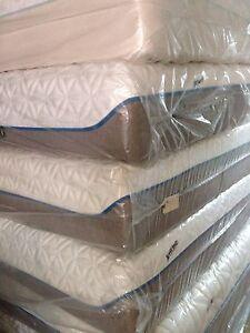 Tempurpedic Tempur Cloud Supreme Plush Queen Mattress Free