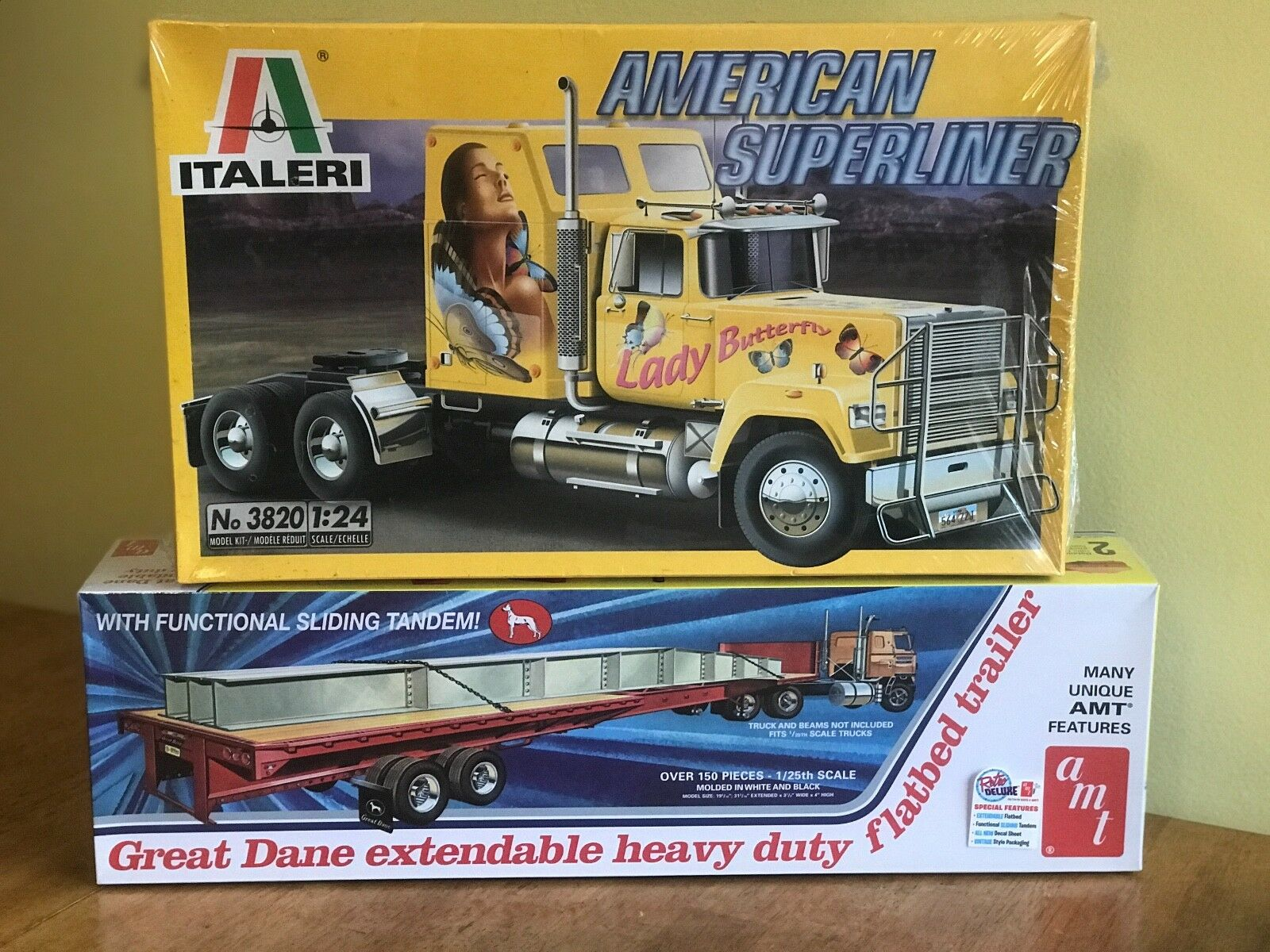 Italeri 1 24 American Superliner and AMT 125 Extendable Flatbed Trailer Sealed