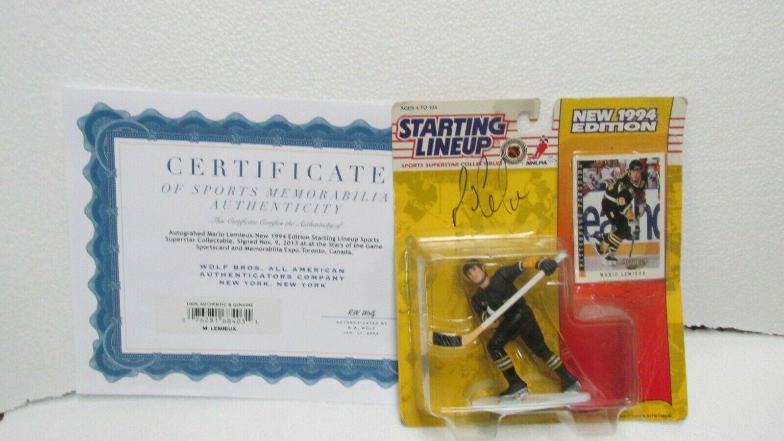 Kenner Starting Lineup Sports 1994 Pittsburgh Penguins Mario Lemieux Signed