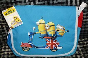 fd04b1e3b2 MINIONS MESSENGER BAG - MINIONS ON UNION FLAG SCOOTER 5050624316853 ...