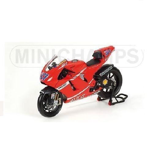 Minichamps 1/12 Scale Ducati Desmo16 Gp7 C.Stoner 2007  122070027