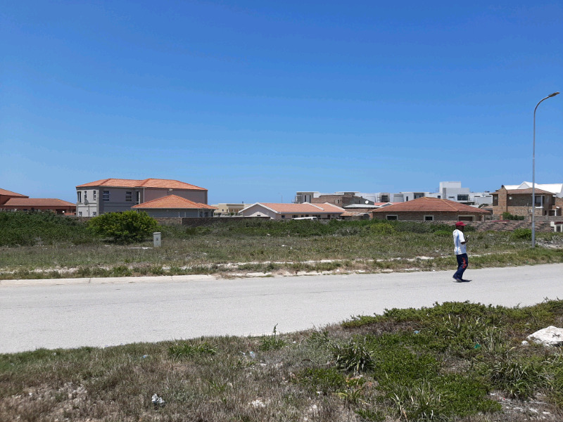 Plots for sale BLUEWATERBAY, PORT ELIZABETH, WITH EASY FINANCE AND NO