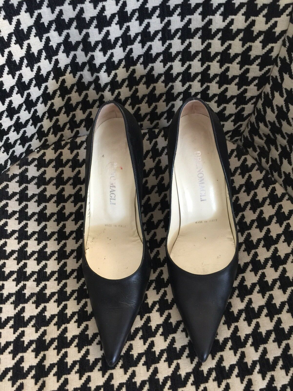 Bruno Magli- Black Leather Pointy Pumps Made in - Women's Sz EU 36.5 US 6