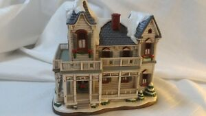 Lefton-THE-BROOKFIELD-1996-Colonial-Christmas-Village-1308-5500-C2