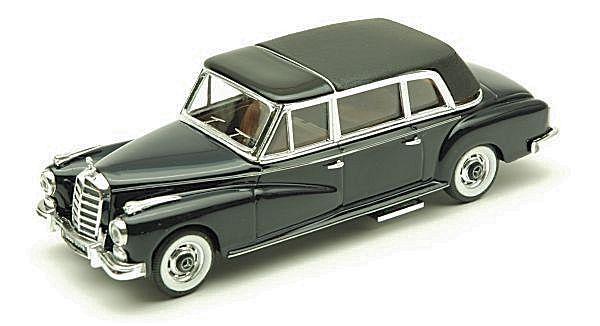 Mercedes 300 Cabrio Closed 1960 Bleu 1 43 Model RIO4121 RIO