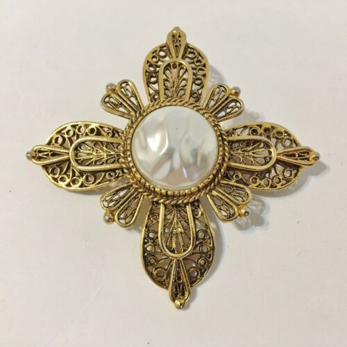 Avante Pin Brooch Vintage Faux Pearl Layered Orna… - image 1