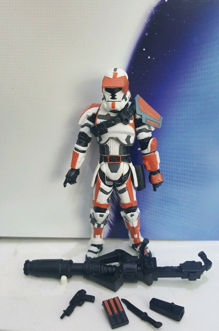 STAR WARS VINTAGE VC113 OLD REPUBLIC TROOPER ARF REMOVED FROM PACKAGE