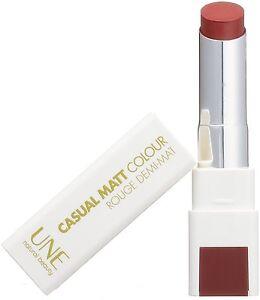 une-beaute-Casual-Mate-Rouge-a-levres-couleur-M21-rose-cremeux-levre-BRILLANT