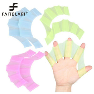 Silicone-Hand-Swimming-Fins-Flippers-Swim-Palm-Finger-Webbed-Gloves-Paddle-Glove