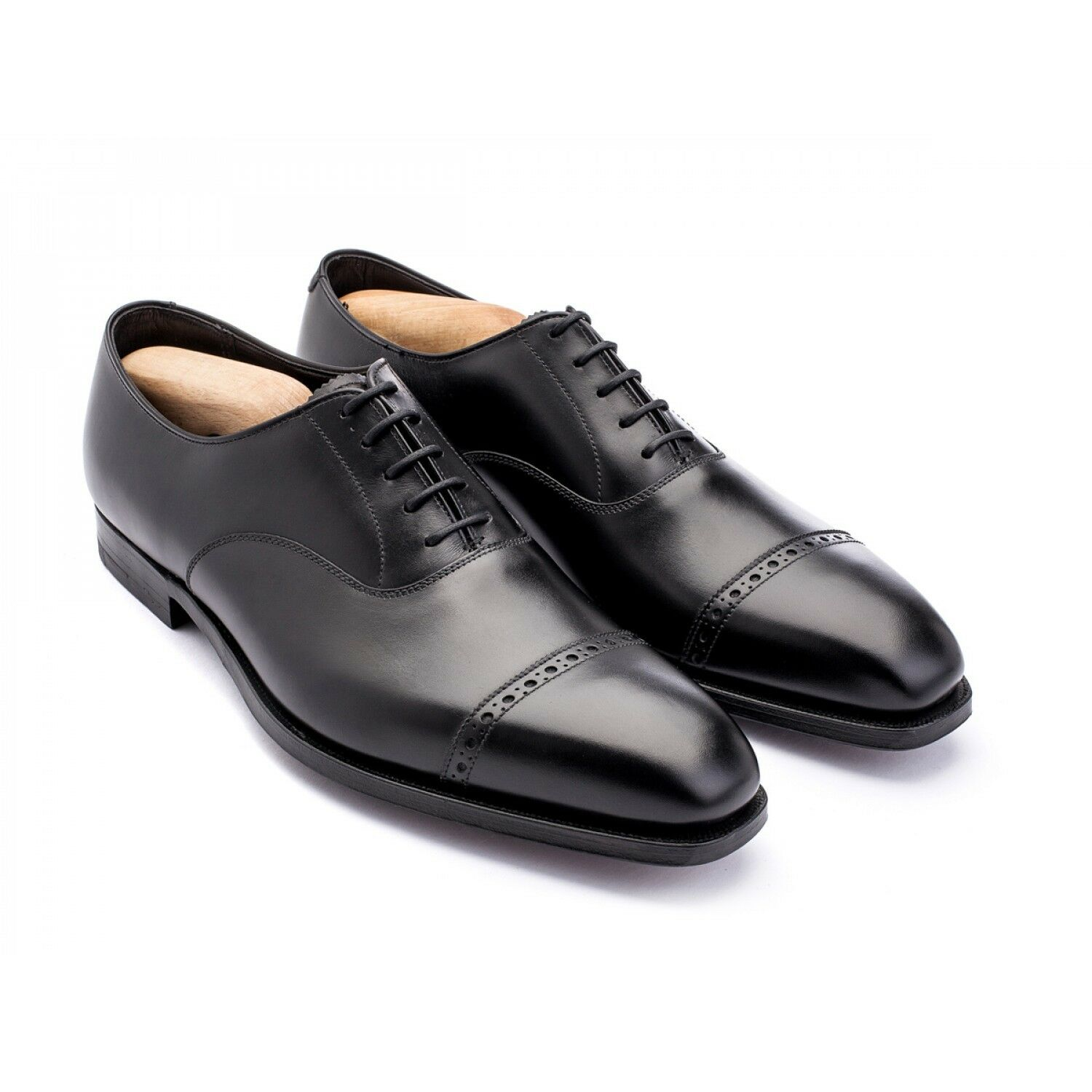 Mr/Ms G.J. Cleverley Charles Black Calf durability International choice Known for its beautiful quality