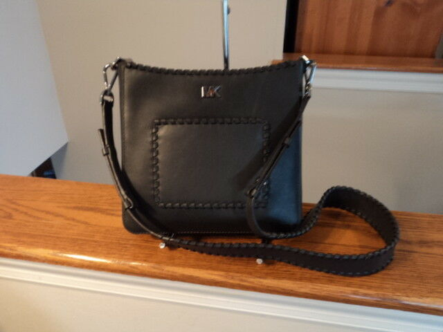 0a787ee0a098 Michael Kors Gloria Pocket Swingpack Crossbody Charcoal Black Leather for  sale online | eBay