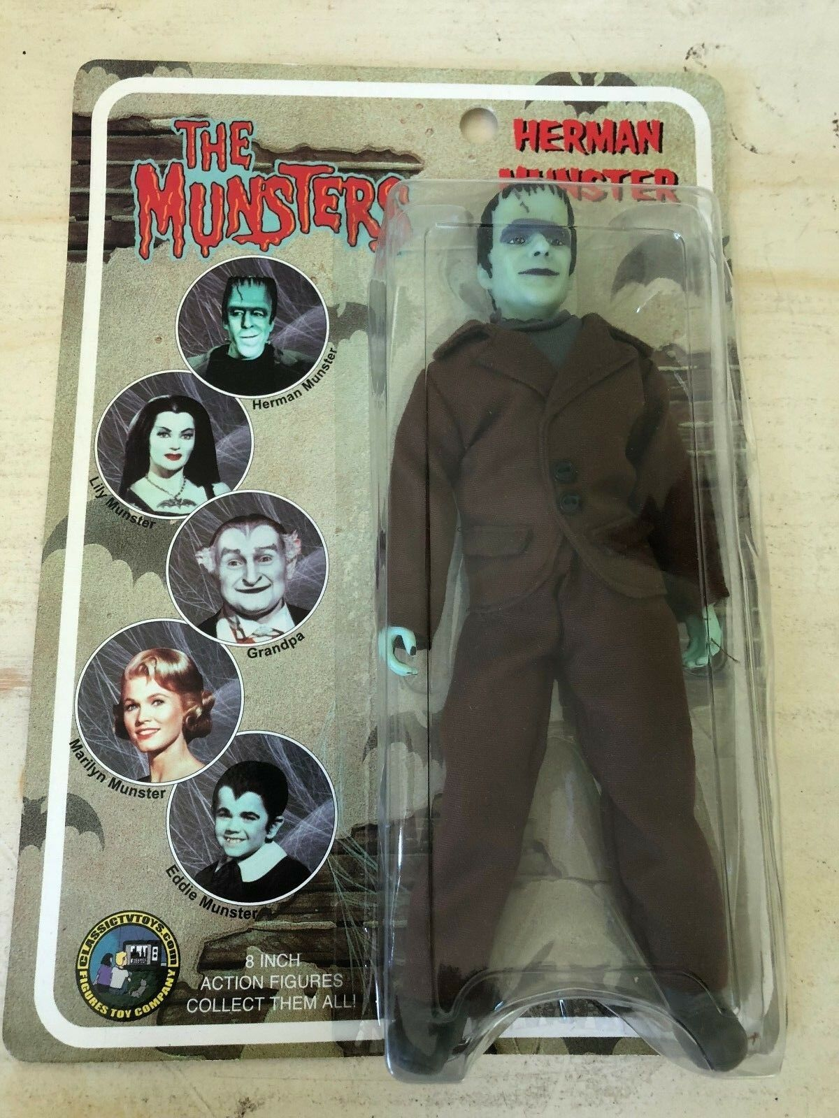 MIB The Munsters Herman Munster 8  Action Figure MEGO-Style Classic TV Toys 2004