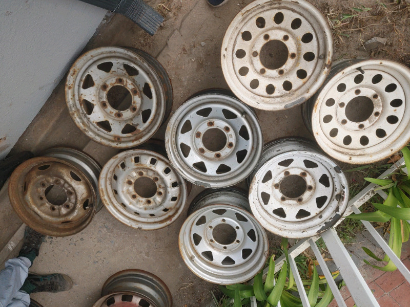 Various rims for sale