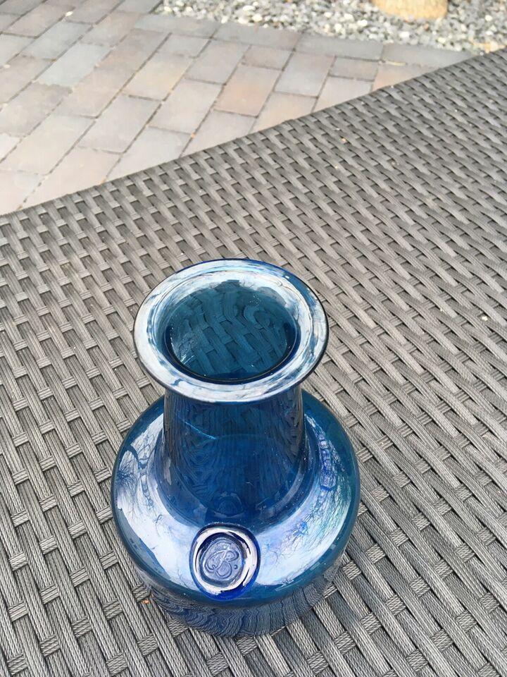 Vase, Vase