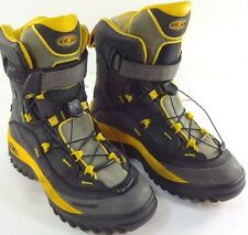 USED Salomon Contagrip Clima-Dry Men's Winter Boots Black/Yellow - MENS Size 7.5