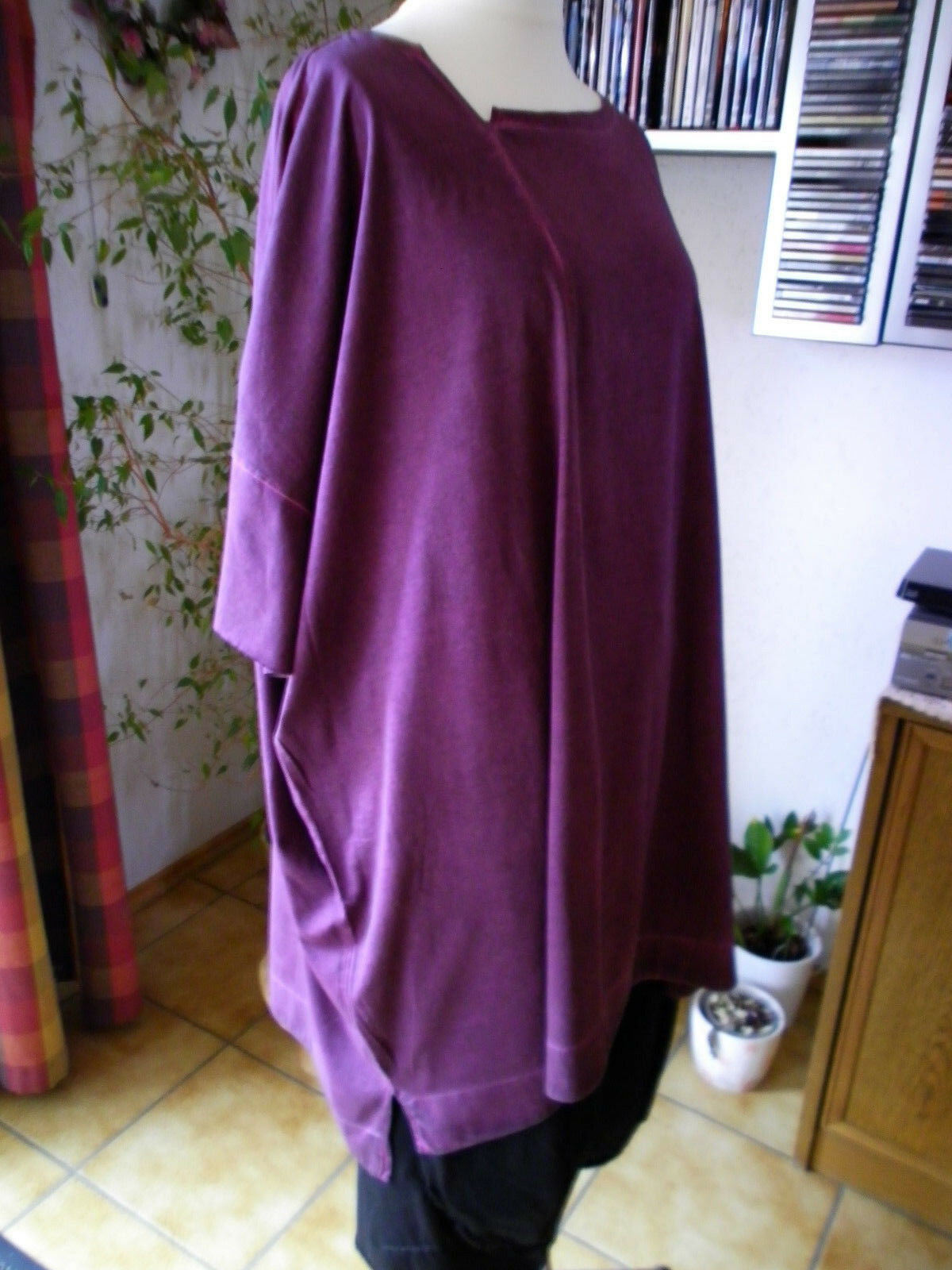 Rundholz schwarz Label,Tunika BIG Shirt,Gr.S(OS),lilat,geschwärzt,Lagenlo.,Traum