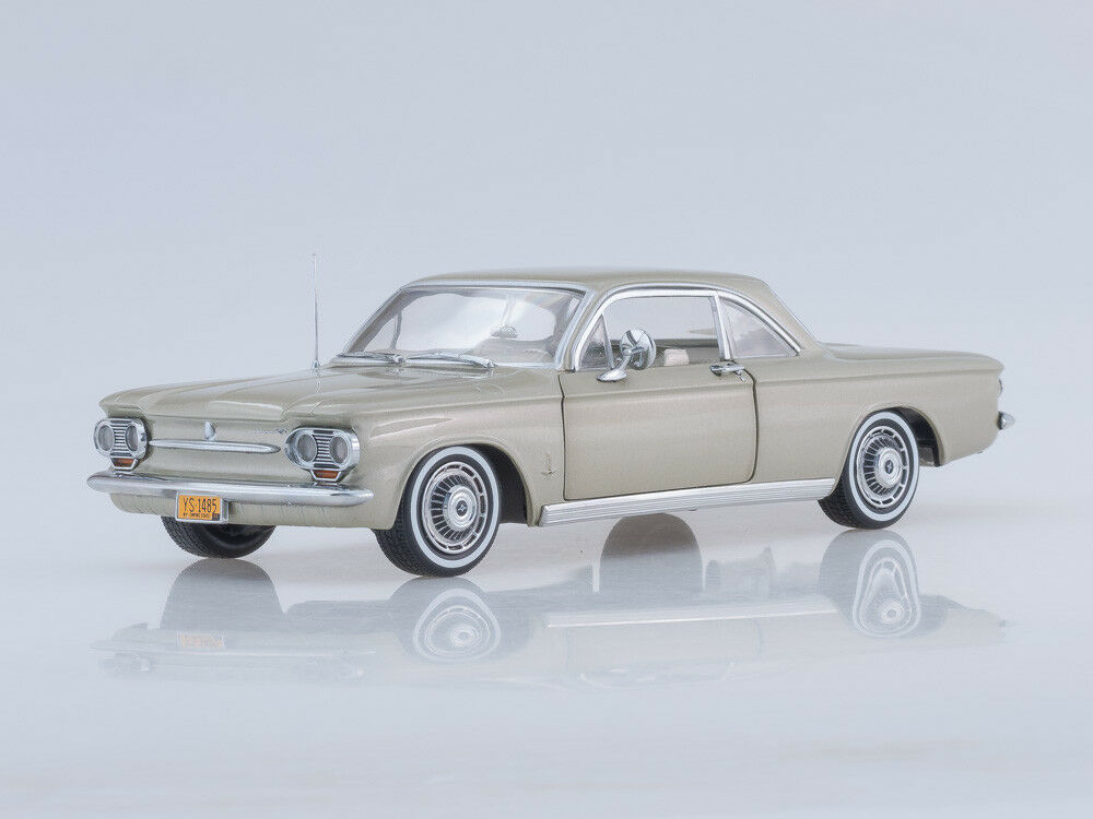 Scale model 1 18 1963 Chevrolet Corvair Coupe (Autumn Gold)