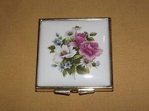 VINTAGE-MIRROR-ENAMEL-ROSES-FLOWERS-PILL-CASE
