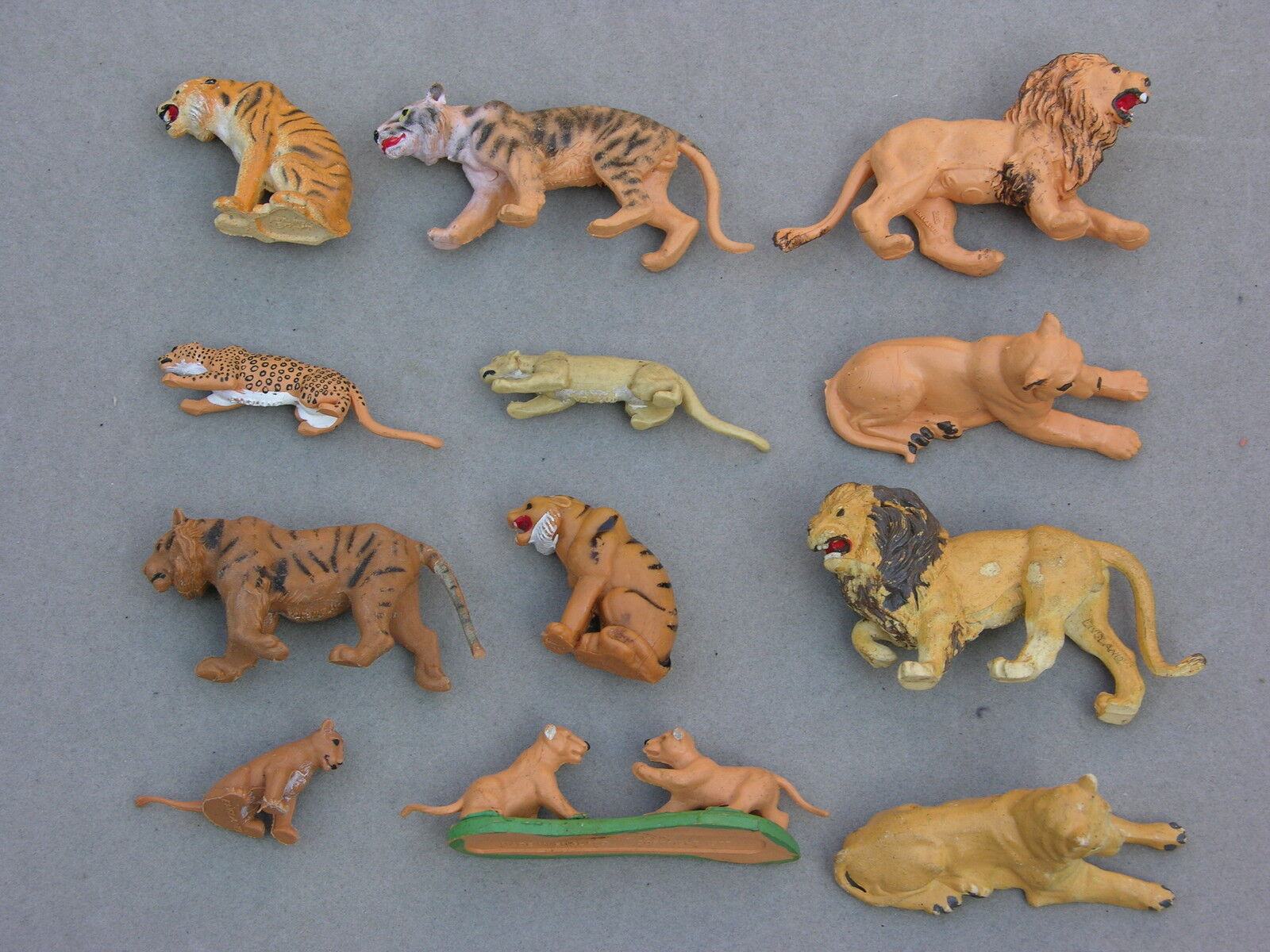 BRITAINS ZOO COLLECTION, BIG CATS SELECTION MULTI-LISTING