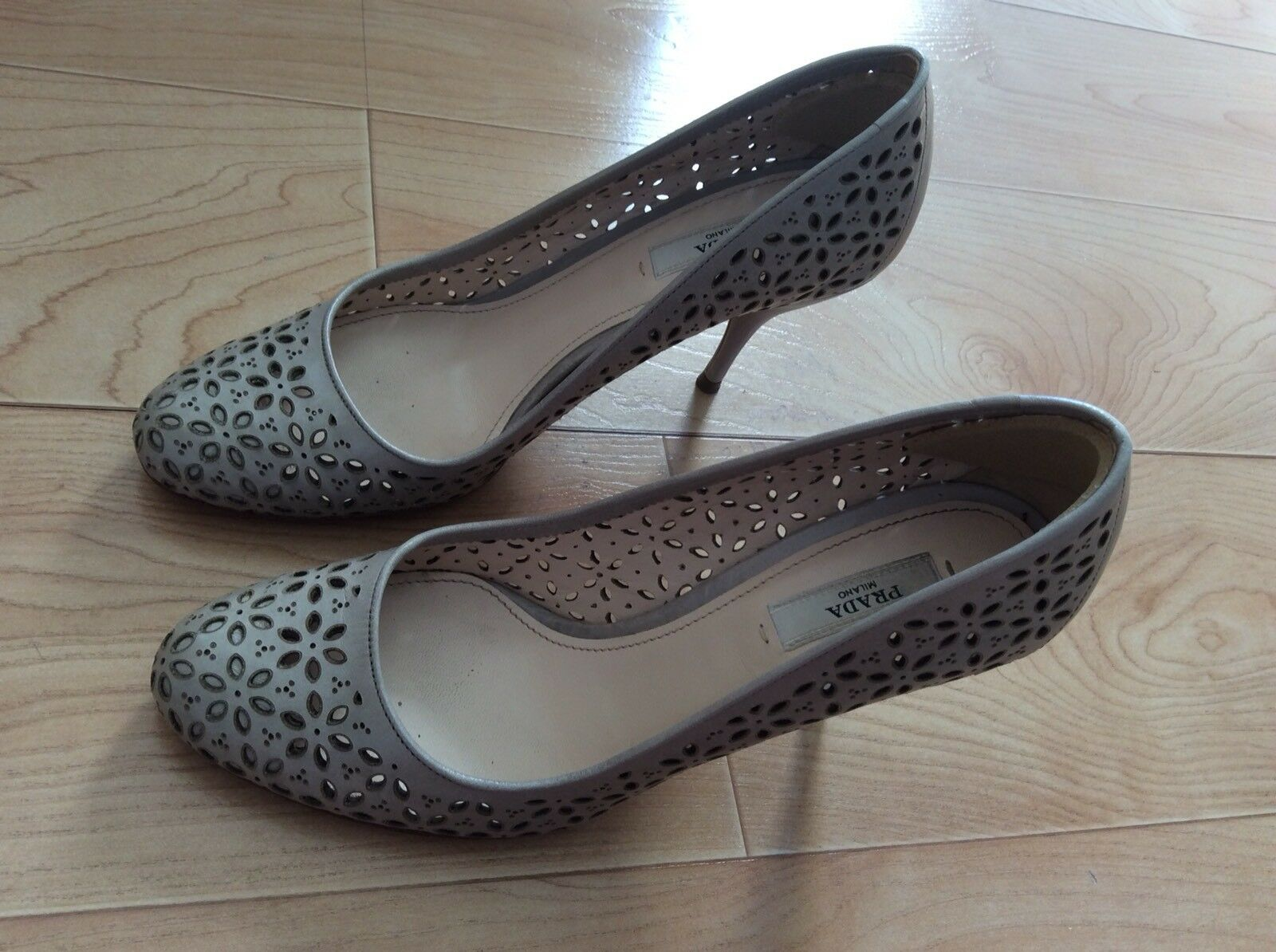 PRADA Milano Decolte Powder Perforated Heels Pumps Size 37 Made In Italy