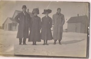 Early-1900-039-s-Real-photo-postcard-Two-couples-ladies-with-large-hats-Postcard