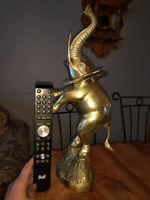 * je poste* Brass elephant figurine statue éléphant en laiton Shawinigan Mauricie Preview