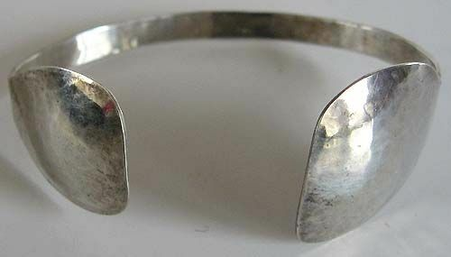 PEARCE VINTAGE HAMMERED STERLING SILVER MODERNIST