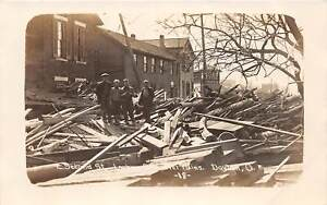 E55-Dayton-Ohio-Real-Photo-RPPC-Postcard-1913-Flood-Disaster-E-Second-St-6