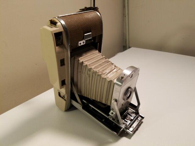 Polaroid 4x5 Film Instant Camera Model 800