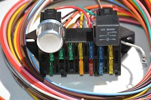keep it clean 12 circuit basic wire harness fuse box street hot rat rh ebay com hot fuzz box set hot water heater fuse box