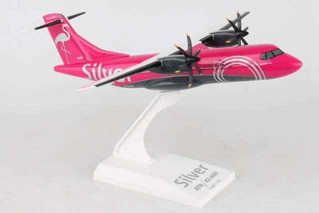 Skymarks SKR965 Silver Airways ATR-42-600 Flamingo Desk Top Model 1/100 Airplane