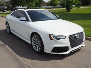 2014 Audi RS5 - 4.2L V8 - 450HP - Great Condition