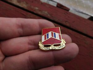 US-Army-15TH-ARTILLERY-GROUP-DUI-CB-DI-Pin-Badge-Unit-Crest